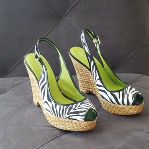 Super fun Banana Republic Sandals